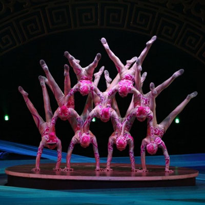 The Shanghai Acrobats in Shanghai Nights