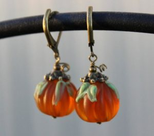 Jewelry Making: Pumpkins and Gourds
