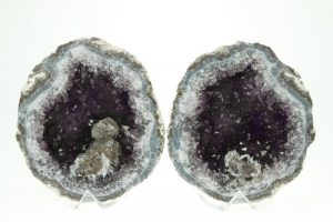 Virtual Lecture & Activity - Mysterious Geodes...